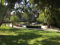 riviera-garden-pool